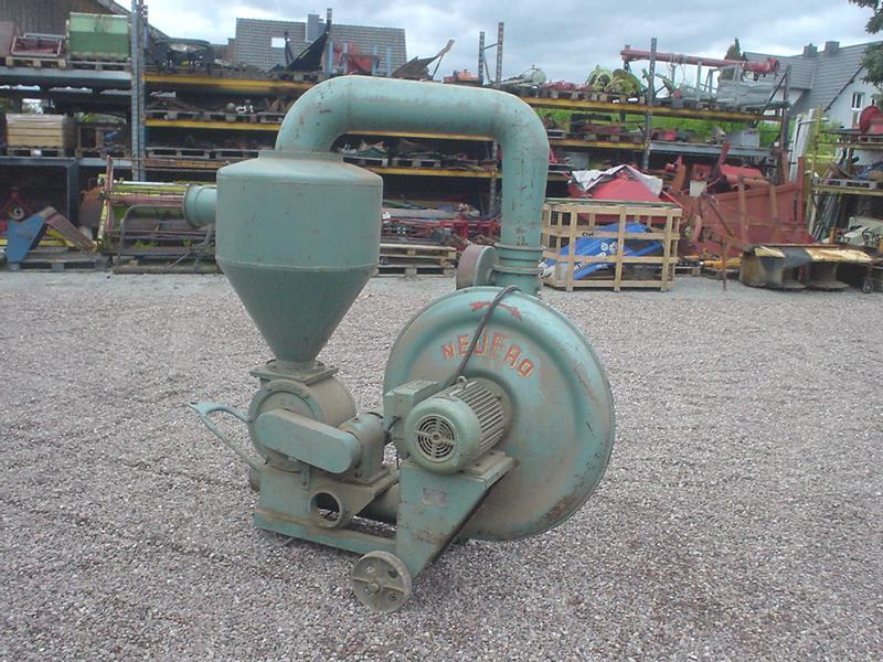 Mehl Dosierschnecke 5,5 m Förderschnecke 1,5 kW Rohrschnecke S 100 45°