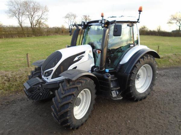 Valtra N124 Hi Tech Tractor For Sale